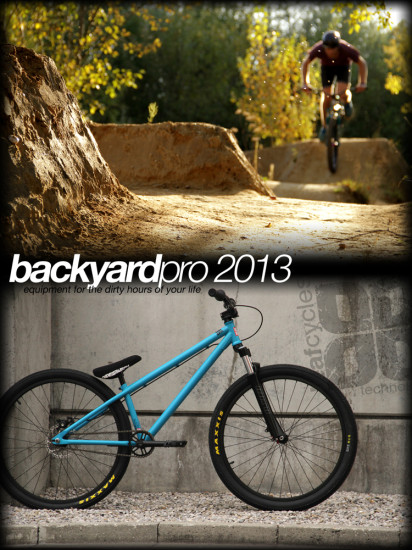 leafcycles_backyard_pro_blau_2013